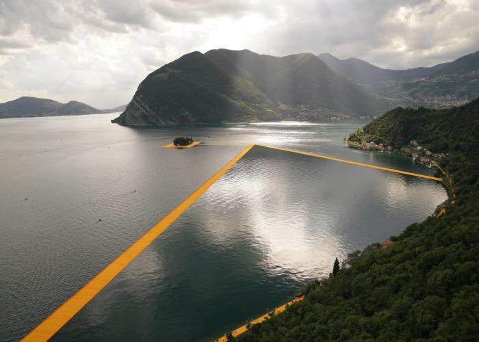 The Floating Piers, 10 numeri che raccontano l'opera di Christo sul Lago d'Iseo