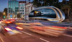A Londra arriva l'advertising di ultima generazione firmato Zaha Hadid…