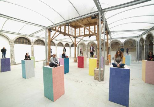 A Napoli, 23 Monumenti ai migranti ideati dall'artista Liu Jianhua