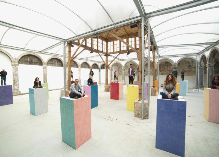 In Naples, 23 Monuments to migrants conceived by artist Liu Jianhua