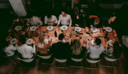 Indovina chi viene a cena? A Milano la social dinner…