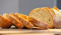 Il pane e le sue forme: un libro e nove…