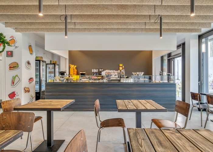 A restaurant and incubator of ideas where you can eat, study and work