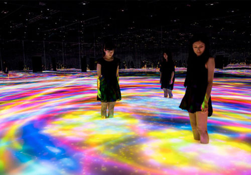 Inside the Digital Art Museum of Tokyo for a total immersion into the works