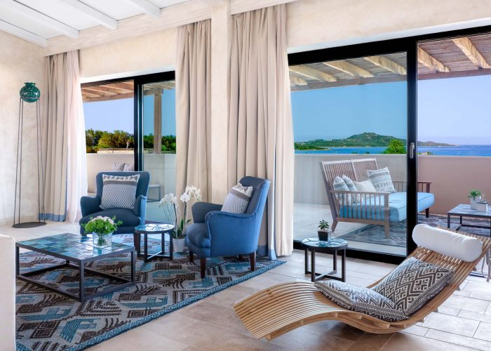 Room with a view over Tavolara, the Baglioni has landed in Sardinia